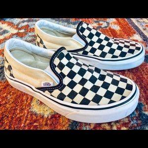 Classic vans checkered slipons